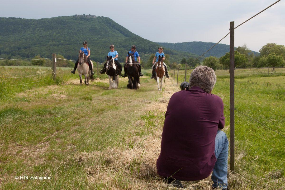 Fotoshooting auf der Wanderreitstation Villarichter für die Esslinger Zeitung